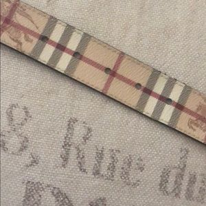 Burberry Accessories - Burberry belt (Authentic)